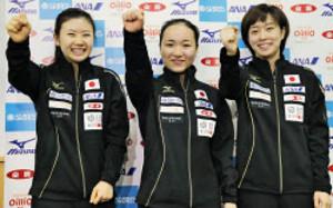 卓球女子日本代表3人