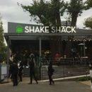 シェイクシャックの店舗場所・メニュー・値段・営業時間まとめ!待ち時間は?